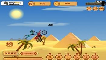 Jouer gratuitement à Pyramid Moto Stunts