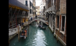 Slideshows - Venice otherwise