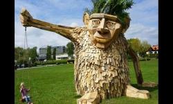 Diaporamas PPS - Thomas Dambo : de l'art avec du bois