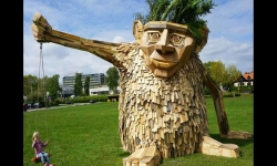 Diaporamas - Thomas Dambo : de l'art avec du bois